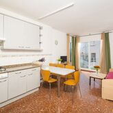Els Llorers Apartments Picture 4