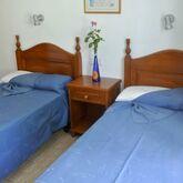 Rosamar Apartments Picture 3