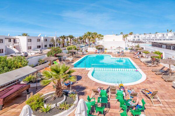 Holidays at Oasis Apartments in Puerto del Carmen, Lanzarote