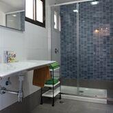 Miriam Apartments Picture 5