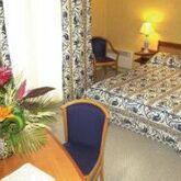 Holidays at Holiday Inn Paris Hotel Montparnasse Pasteur in Montparnasse & Tour Eiffel (Arr 14 & 15), Paris
