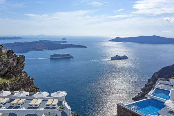 Holidays at Pegasus Suites & Spa in Imerovigli, Santorini