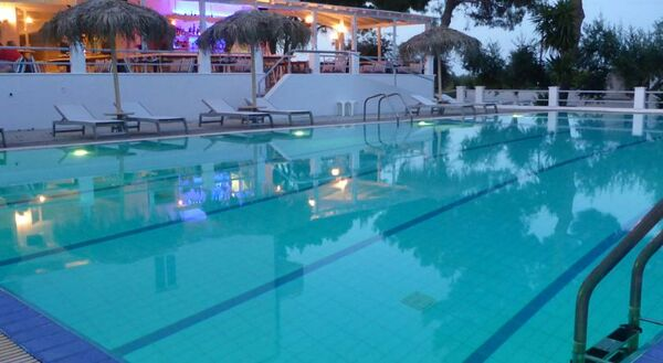 Holidays at Blue Nest Hotel in Tingaki, Kos
