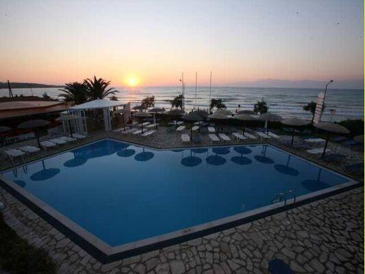 Holidays at Beis Beach Hotel in Acharavi, Corfu
