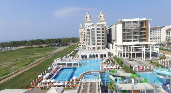 Holidays at Jadore Deluxe Hotel and Spa in Titreyingol Side, Side