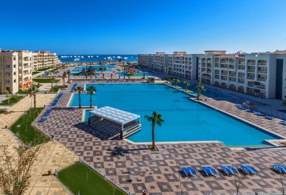Holidays at Albatros White Beach Resort in Hurghada, Egypt