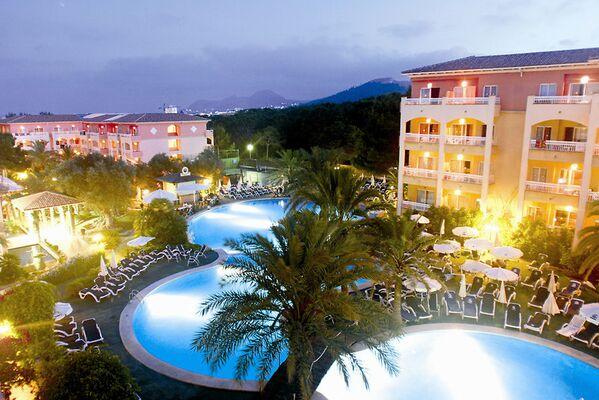 Holidays at Green Garden Apartments in Cala Ratjada, Majorca