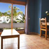 Los Rosales Apartments Picture 14