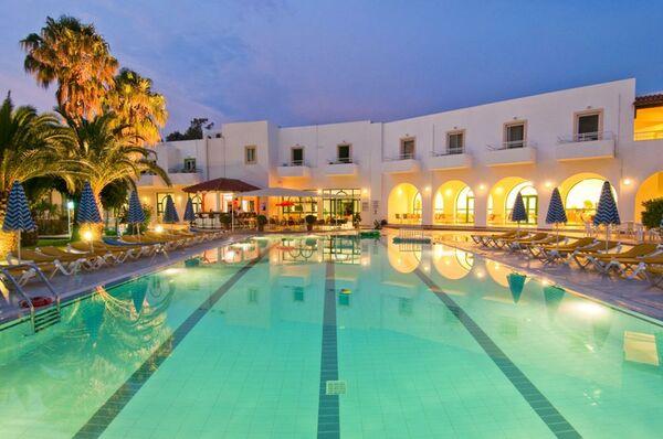 Holidays at Alexandra Beach Hotel in Psalidi, Kos