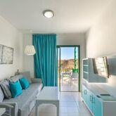 Los Veleros Apartments Picture 3