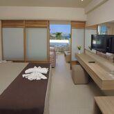 Nelia Beach Hotel Picture 5