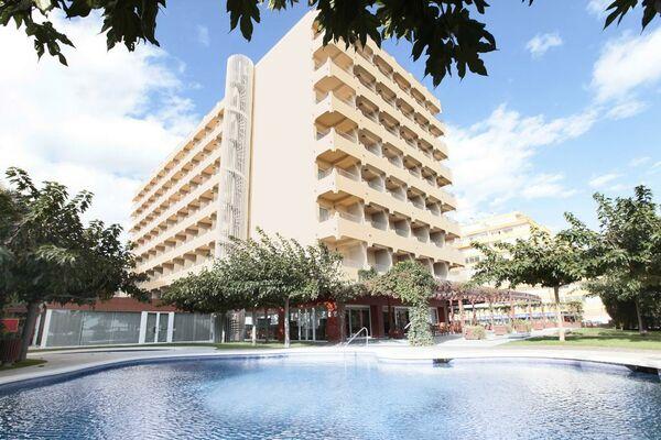 Holidays at Prestige Victoria Hotel in Roses, Costa Brava