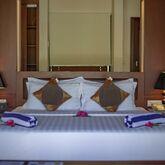 Furaveri Island Resort & Spa Picture 5