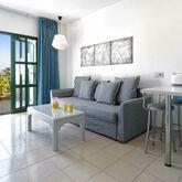 Los Veleros Apartments Picture 6