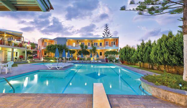 Holidays at Koukouras Hotel in Kato Stalos, Chania