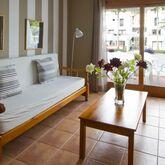 Los Rosales Apartments Picture 10