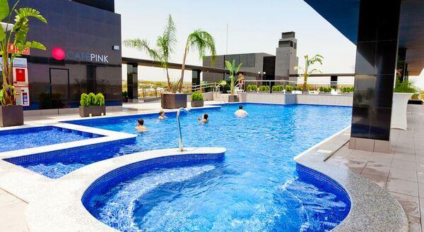 Holidays at Dona Monse Hotel in Torrevieja, Costa Blanca