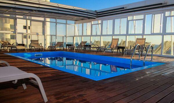 Holidays at Baia de Monte Gordo Hotel in Monte Gordo, Algarve