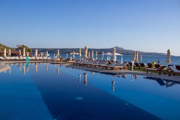 Holidays at Kiani Beach Resort in Kalyves, Crete