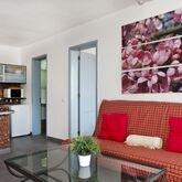 Miriam Apartments Picture 6