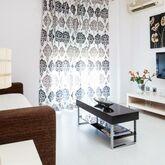 Abril Apartments Picture 7