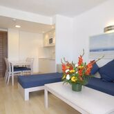 Ferrera Beach Apartments Picture 7