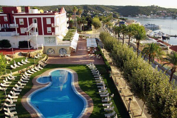 Holidays at Set Hotel Port Mahon in Mahon, Menorca