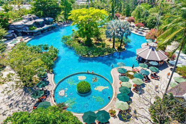 Holidays at Duangjitt Resort and Spa in Phuket Patong Beach, Phuket
