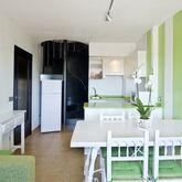 Salles Beach Apartments Picture 3
