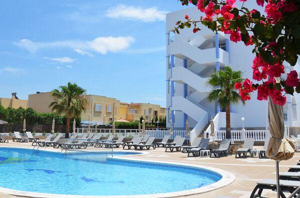 Holidays at San Marino Aparthotel in San Antonio Bay, Ibiza
