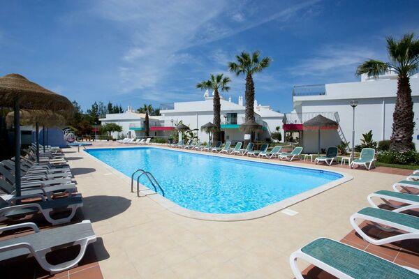 Holidays at Bayside Salgados Apartments in Gale, Algarve