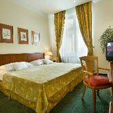 EA Rokoko Hotel Picture 3