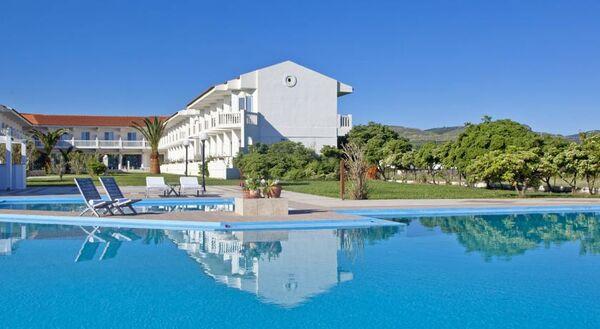 Holidays at Mrs Chryssana Beach Hotel in Kolymbari, Crete