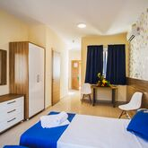 Blubay Hotel & Apartments by ST Hotels Picture 3