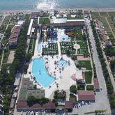 Risus Beach Resort Picture 0