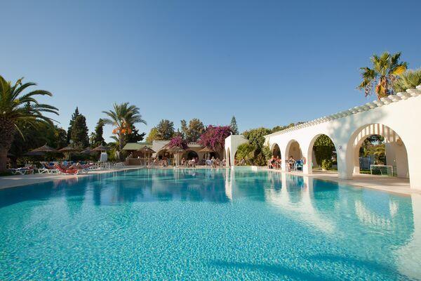 Holidays at Seabel Alhambra Beach Golf & Spa Hotel in Port el Kantaoui, Tunisia