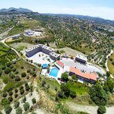 Hillside Studios & Apartments Picture 11