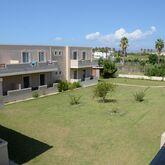 Sunshine Apartments Picture 10