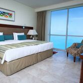 Oasis Beach Tower Apartments Picture 5