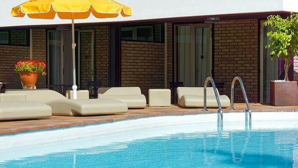 Holidays at Las Jacarandas Apartments in Playa del Ingles, Gran Canaria
