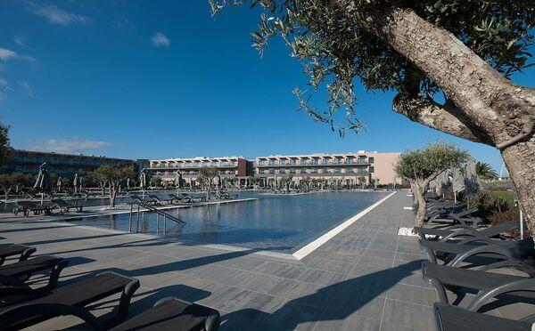 Holidays at Vila Gale Lagos Hotel in Lagos, Algarve