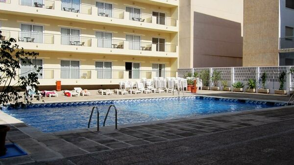 Holidays at Fontana Plaza Hotel in Torrevieja, Costa Blanca