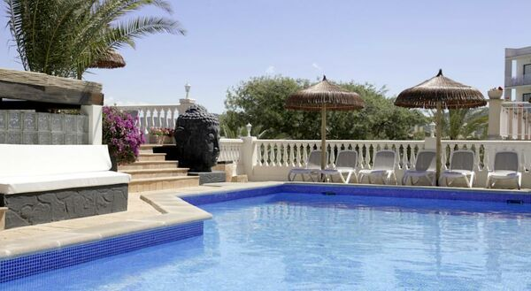 Holidays at Boutique Bon Repos Hotel in Santa Ponsa, Majorca