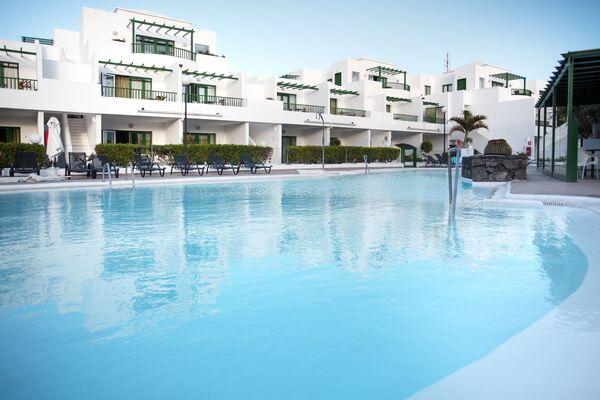 Holidays at El Guarapo Apartments in Costa Teguise, Lanzarote