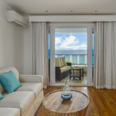 Waves Hotel and Spa By Elegant Hotels Picture 8