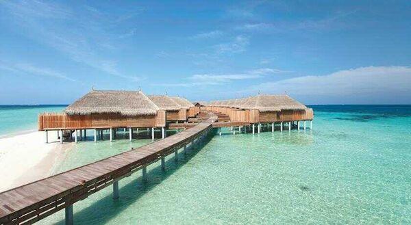 Holidays at Constance Moofushi Resort in Maldives, Maldives