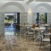 Kamari Hotel Picture 6