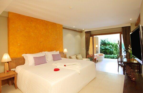Holidays at Burasari Hotel in Phuket Patong Beach, Phuket