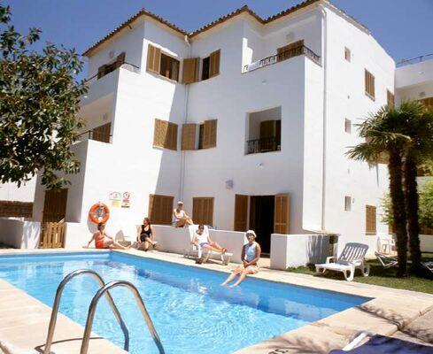 Holidays at Panorama Beach Hotel in Puerto de Pollensa, Majorca