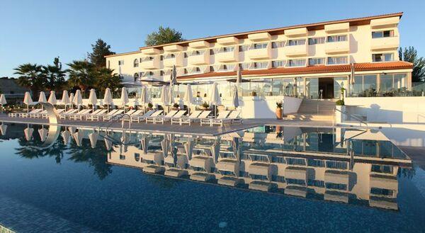 Holidays at Droushia Heights Hotel in Droushia Village, Polis